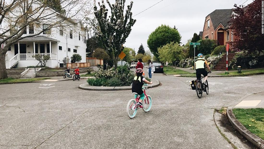 Seattle to permanently close 20 miles of roads to traffic so that residents can practice and ride on them