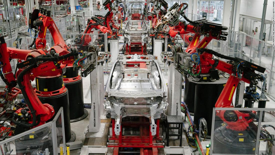 Tesla threatens to sue Alameda County, California, and move to Texas or Nevada