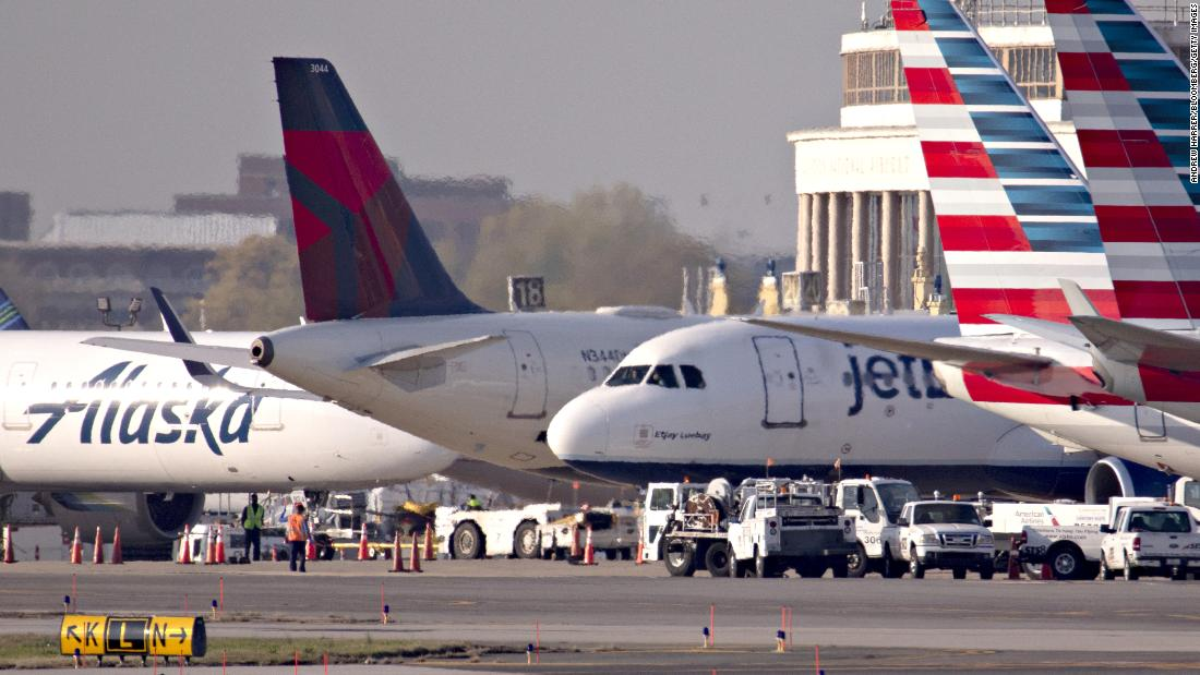 Airlines will cut jobs this fall. Waiting until then poses a big problem