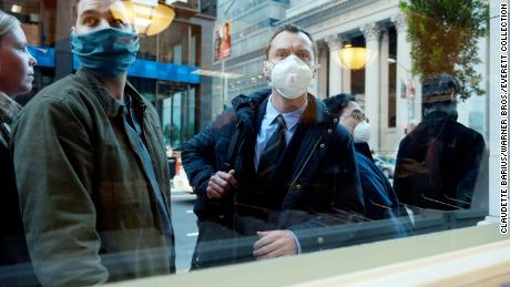 & # 39; contagion & # 39; vs. coronavirus: the film's connections to a real-life pandemic