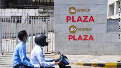 India's Jio platforms earn $ 1.5 billion from Vista Equity, marking 3 major investments in 3 weeks