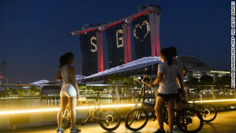 Singapore had a coronavirus response pattern, so cases have increased. What happened?