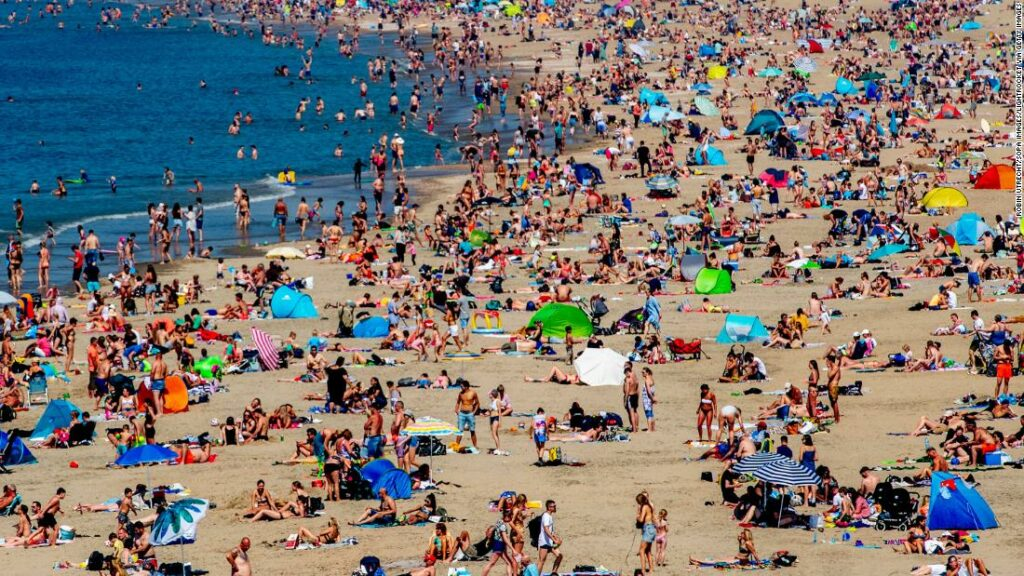 The chaos of the beach threatens Europe with rising temperatures