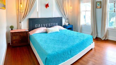The beach bungalow of Amy Offield Airbnb in Galveston, Texas.