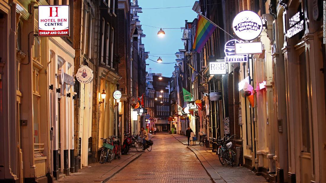 Amsterdam locals claim their deserted city