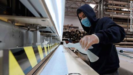 Surgical masks are made of spunbond polypropylene fabric.