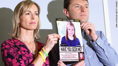 Kate and Gerry McCann retain an image of Madeleine's advanced police during a press conference in London on the occasion of the 5th anniversary of her disappearance in May 2012.