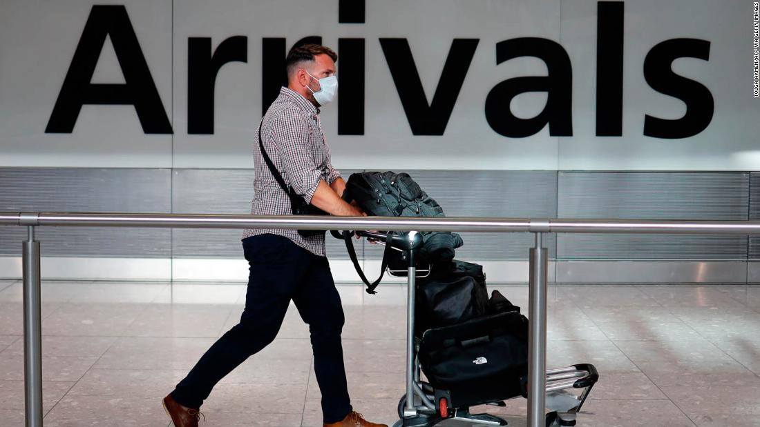 Travel relief for Britons as government reviews two-week quarantine class=