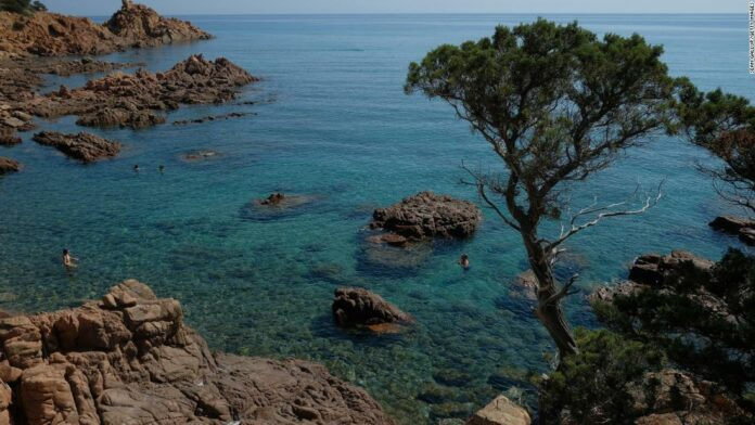 5 American vacationers denied entry to Sardinia, per new EU rules