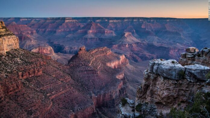 Grand Canyon hiker dies in fall near Mather Point