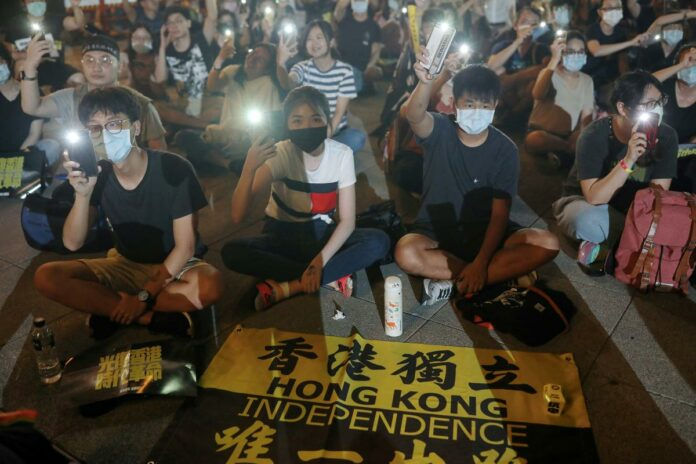 Hong Kong demands Taiwan officials sign 'one China' document for visa renewal: source