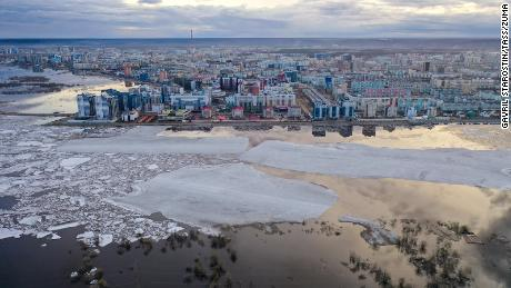Siberia's prolonged unusually warm weather is an 'alarming sign': scientist says