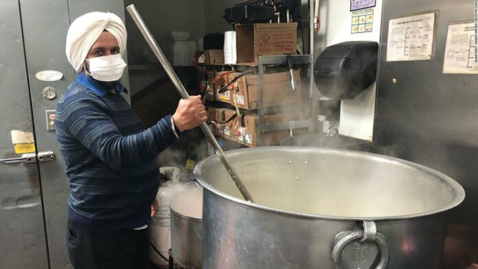 Sikhs across the US feed the hungry during the pandemic