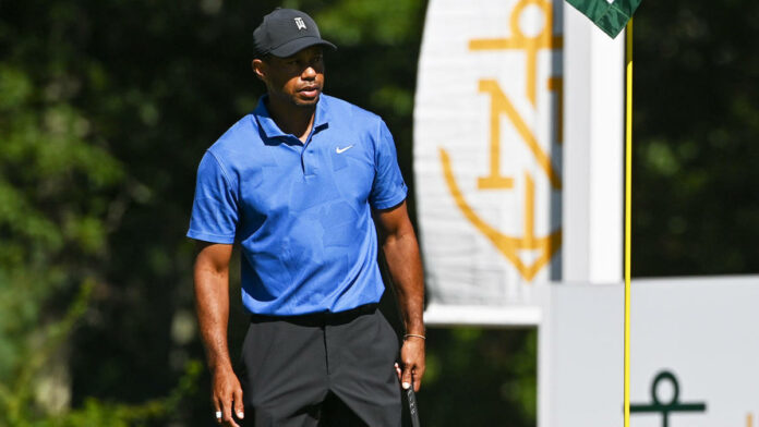2020 Northern Trust leaderboard: Live coverage, golf scores, FedEx Cup, Tiger Woods score today in Round 2