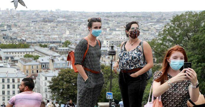 As coronavirus cases surge, Paris mandates masks in public