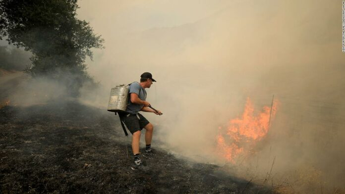 California wildfires kill at least 4 people as some evacuees weigh coronavirus risks