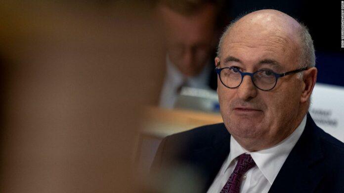 EU Trade Commissioner Phil Hogan resigns after breaching coronavirus restrictions