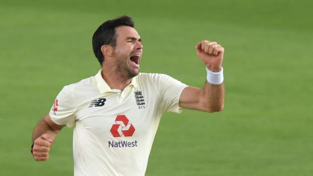 England v Pakistan: Bowlers put hosts on top in second Test