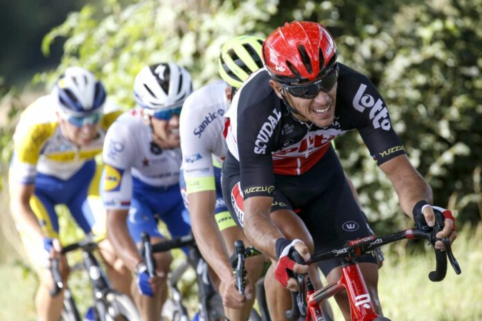 Gilbert's Tour de France over due to broken kneecap