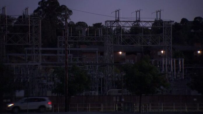 PG&E rolling power outages possible through Wednesday after California ISO issues Flex Alert to conserve energy, officials say