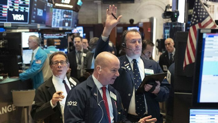 S&P 500 futures show benchmark shuffling to record high