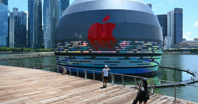 This giant glowing orb is the world's first floating Apple Store