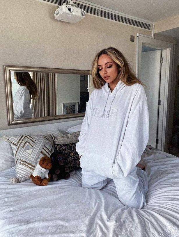 Jade gave us a glimpse into her London apartment while shooting her new promo pics