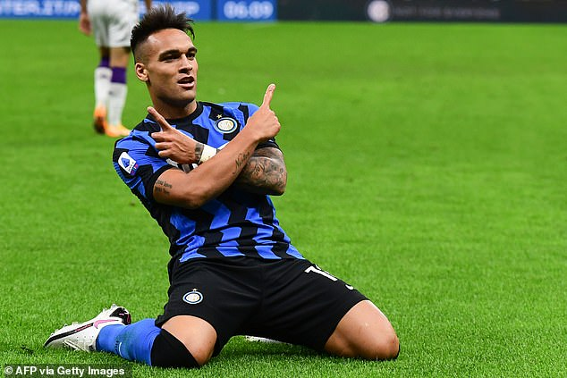 Lutoro Martinez celebrates after scoring Inter's first goal in first half stoppage time
