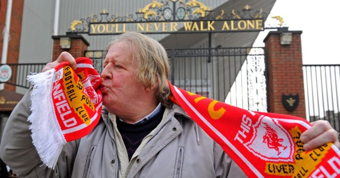 Liverpool fans pay tribute to veteran supporters who were 'old school icons'