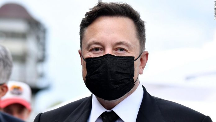 Elon Musk says Bill Gates has 'no key' to electric trucks