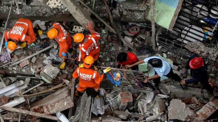 India: A number of people are feared trapped after a deadly building collapsed near Mumbai  India News