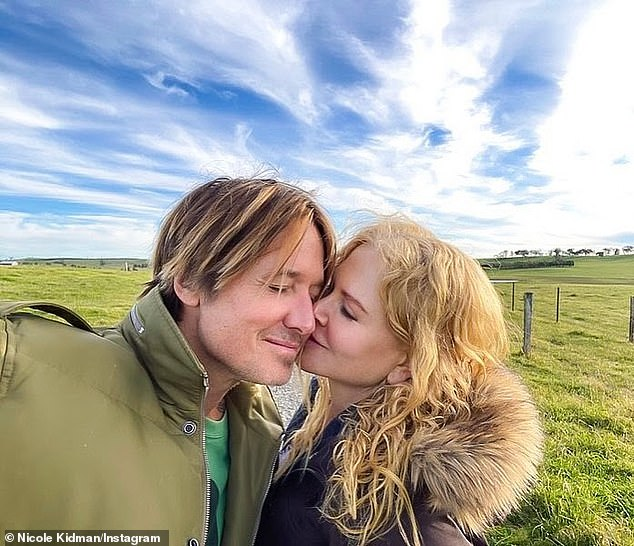 Loved it!  Nicole Kidman shared a sweet tribute and a photo of herself looking very dear to country music megastar husband Keith Urban on Saturday.