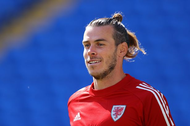Gareth Bale in Wales training session