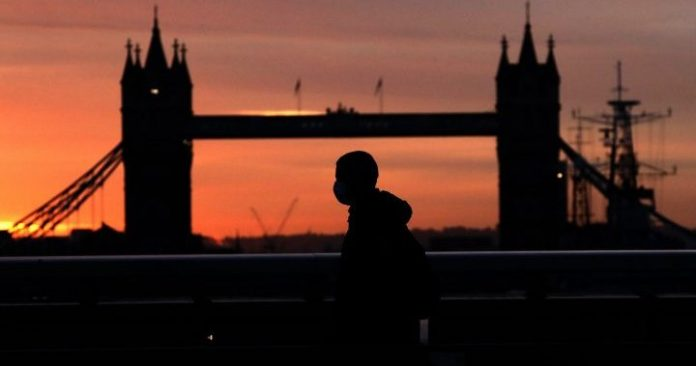 New coronavirus shut down, immediate response to sanctions in the UK - national