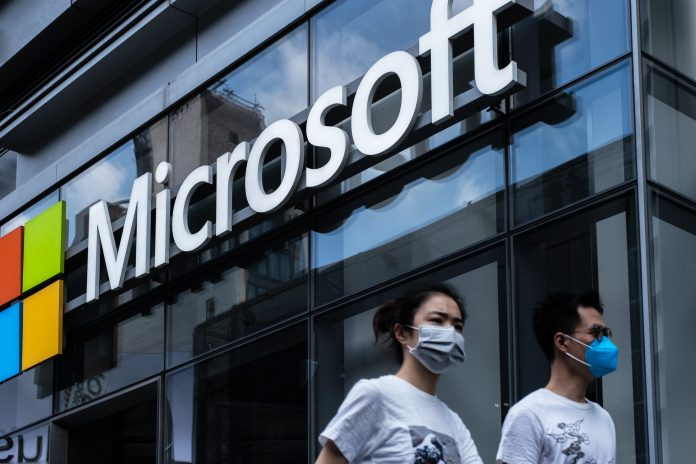'Configuration update' causes global outlook outage, says Microsoft