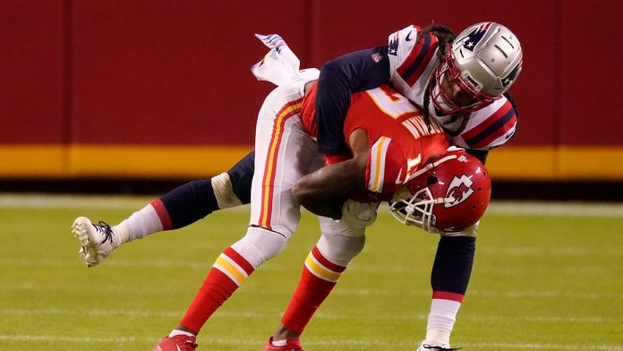 NFL coronavirus issues get worse;  Stephen Gilmore, others test positive