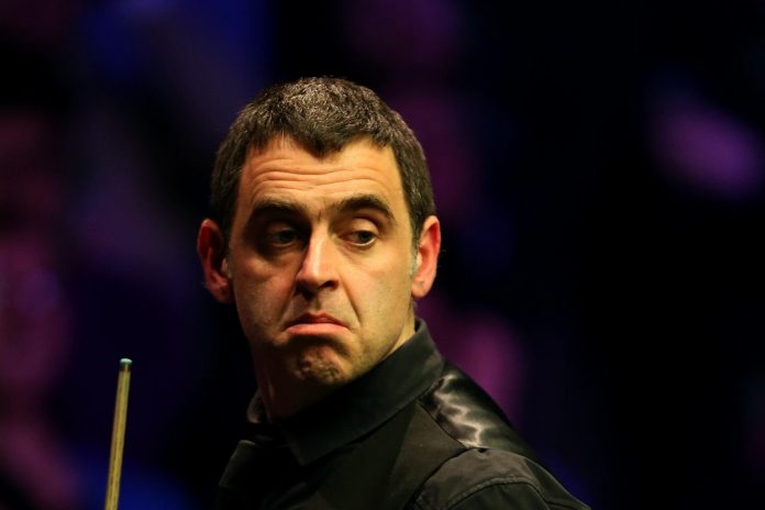 Ronnie O'Sullivan defeated Brian Ochoiski for his first victory since the World Championships.