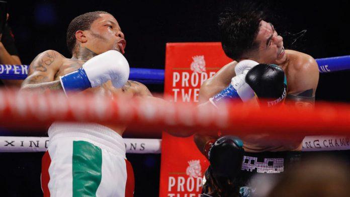 Garvanta Davis v.  Leo Santa Cruz Fighting Results: 'Tank' Delivers Violent Knockout of the Year contender to win