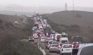 People fleeing Armenia from Nazorno-Karabakh on Saturday advanced into the Azerbaijani military siege.