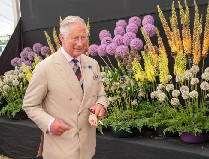 Prince Charles draws fashion surprises, admires what he wears