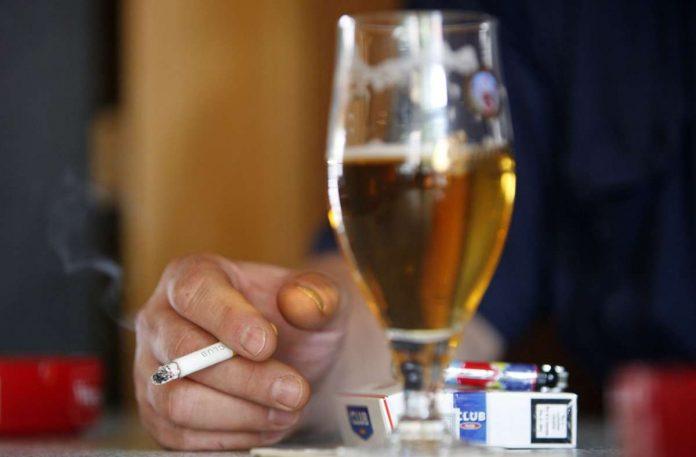 Corona Epidemic: No more alcohol in Scottish pubs - Panorama