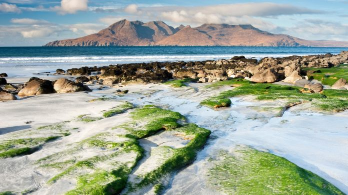 AAA wanted for residents of a remote island in Scotland (populated by only 40 people)