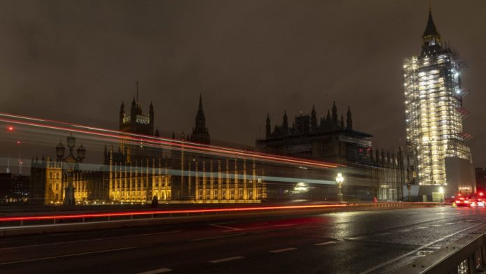 Brexit: Trade Agreement Must Cross Final Barriers - Politics