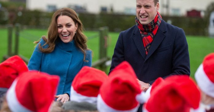 Kate Middleton in Scotland: She brings out a maternity coat!