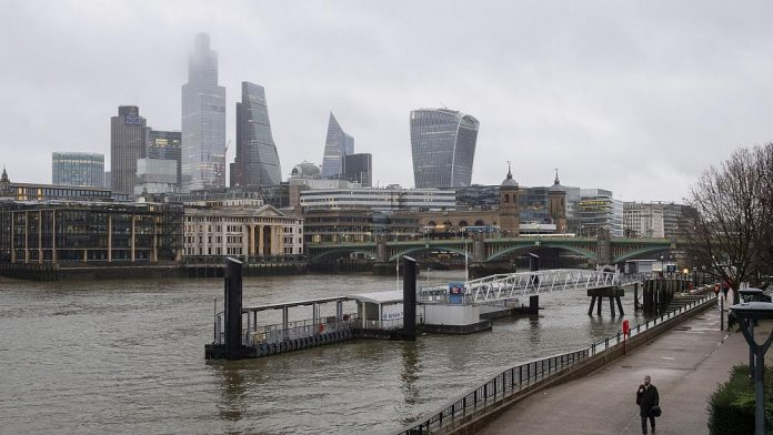 London bids goodbye to Erasmus and announces Turing event