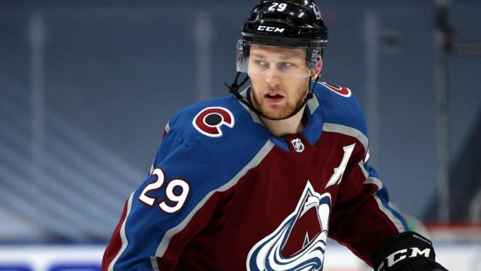 McKinnon sees Avalanche as favorites to win cup