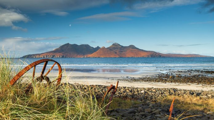 Scotland, the small island of Rùm, looking for new residents