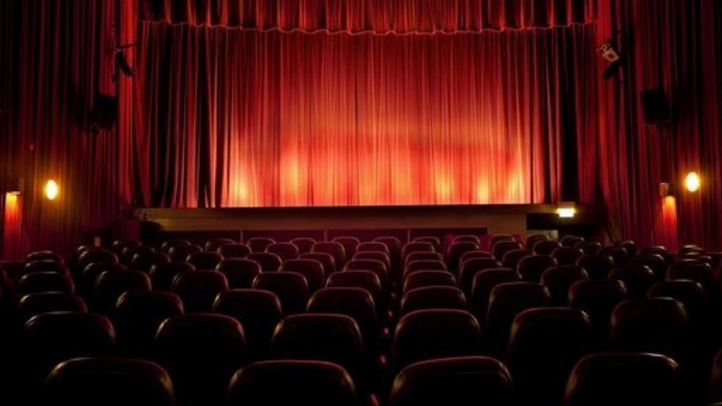 1 million from the Lazio region to support rent from the theater, March to June