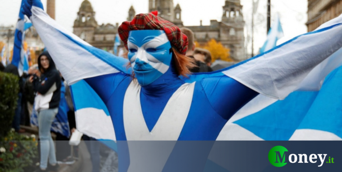Scotland plans to leave Britain and return to EU
