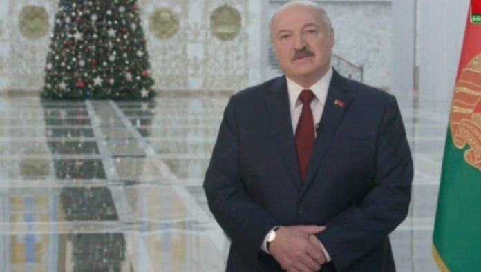 TURN THE PAGE: Lukashenko urges Belarus to write a new chapter in history
